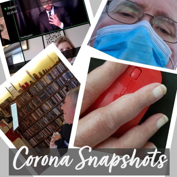 Fotoet er en collage bestående af fire fotos der beskriver hver en situation. Et Zoom-møde, ude med mundbind, skrive med mus og endelig liggende på ryg og læse på tablet. Henover står nederst teksten Corona-snapshots.